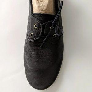 INUOVO Splash Black Tie Easy Pack Shoes